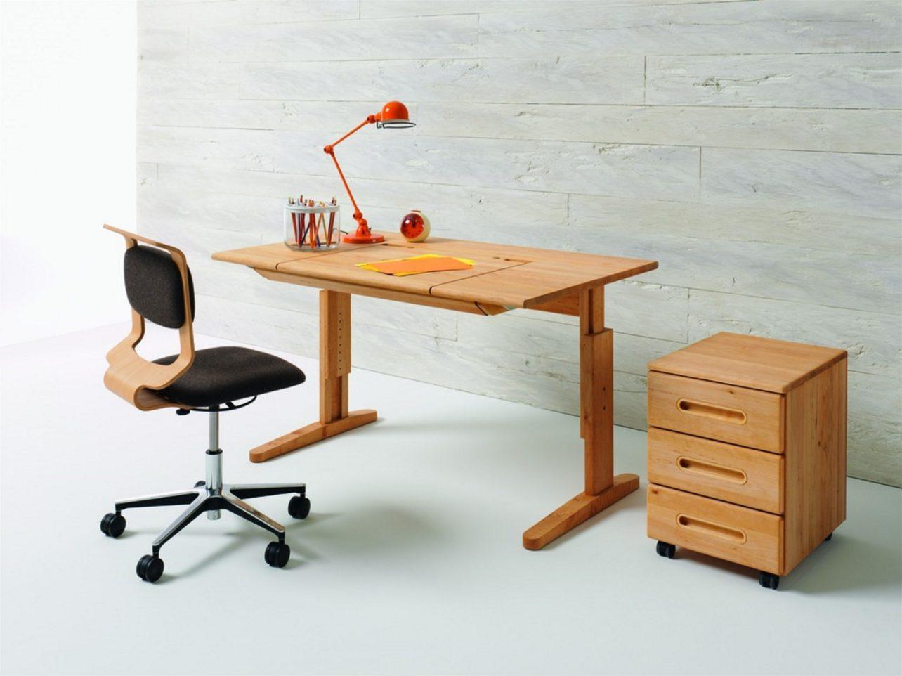 Schreibtisch MOBILE mit Schreibtisch-Drehstuhl und Rollcontainer