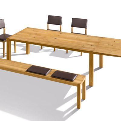 Tisch loft mit einseitig ausgeklappter Verlängerung