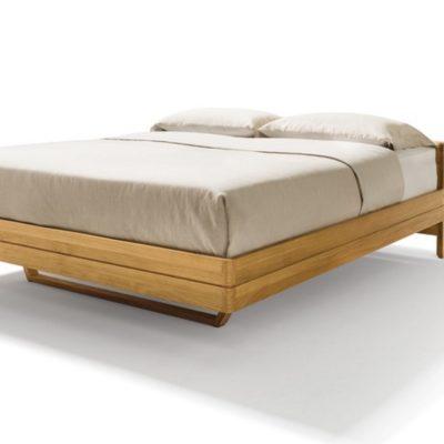 Bett float in Eiche mit Basishaupt