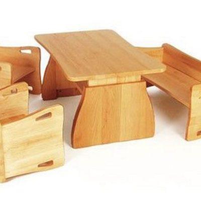 Sitzgruppe Triolino in drei möglichen Sitz- und Tischhöhen durch einfaches Drehen der Sitzmöbel und verstellen des Tisches