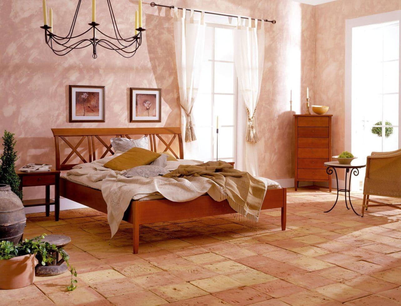 Bett Toscana