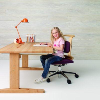 Schreibtisch MOBILE in der kleinsten Höheneinstellung