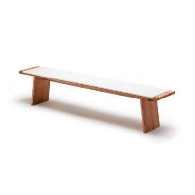 Dazu passend die Sitz- bzw. Bettbank nox mit Holzwangenfuß ohne Rückenlehne