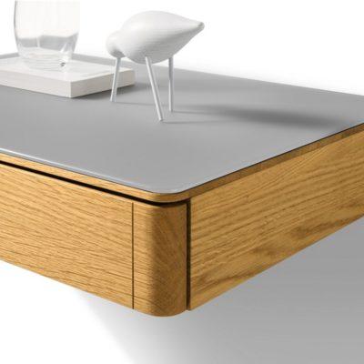 Nachttisch float im Detail