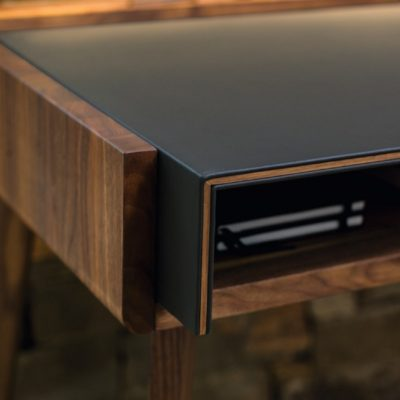 Schreibtisch sol mit ausgezogener Schreibtischplatte