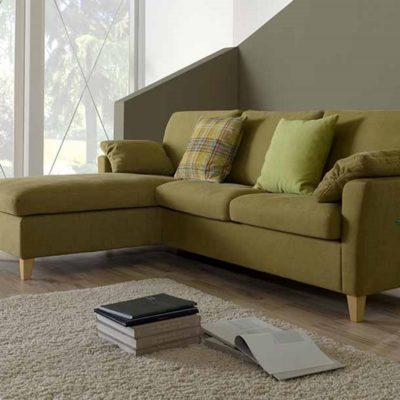 Sofasystem Vienna; hier die Kombination Recamiere mit Sofa
