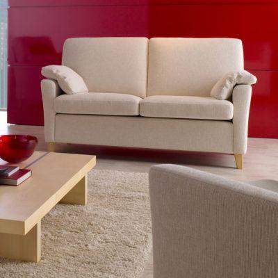 Sofasystem Vienna; hier die Sitzkombination 2,5-Sitzer mit Sessel