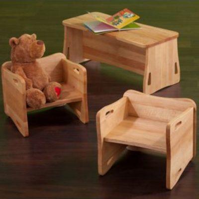 Stühle und Bank Triolino in Erlenholz