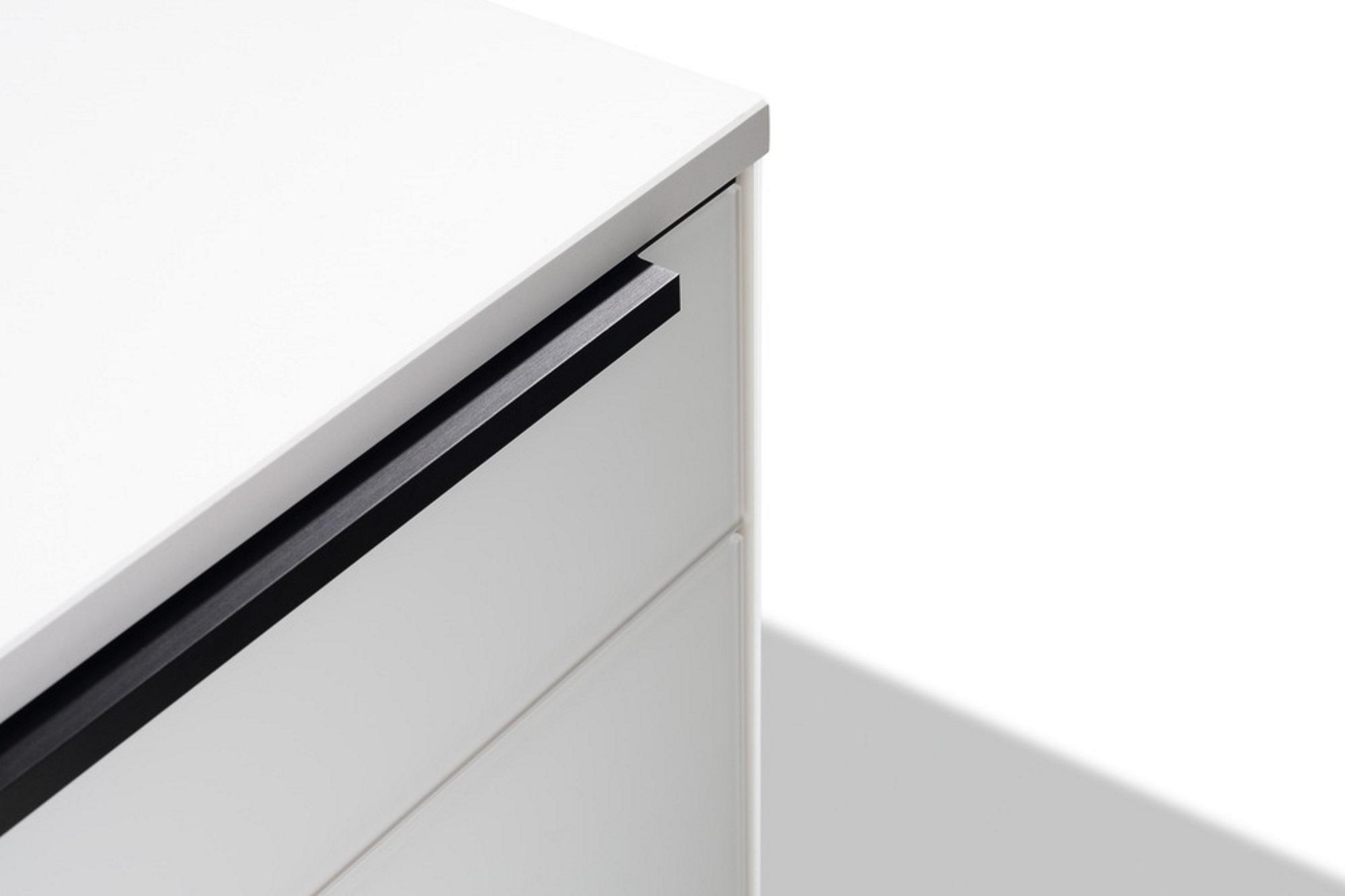 Atemberaubend Küchenschrank Griffe Schwarz Fotos - Ideen Für Die ...