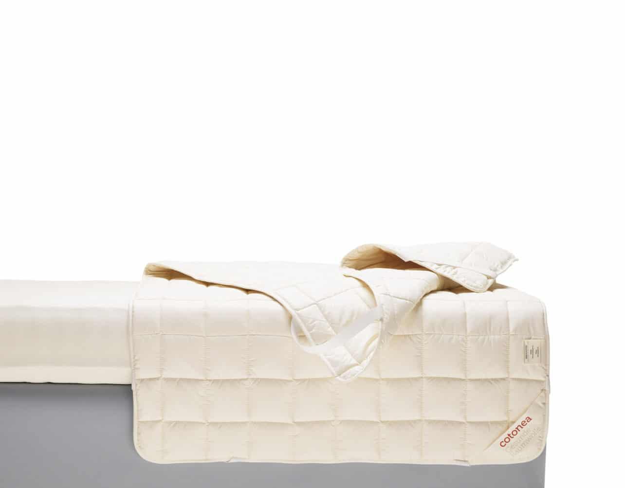 Unterbett Dilana aus Biobaumwolle, Füllung Schafschurwolle.