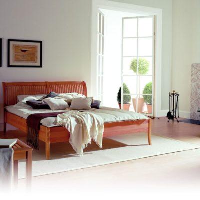 Sprossenbett aus Kirschbaum massiv, natur geölt