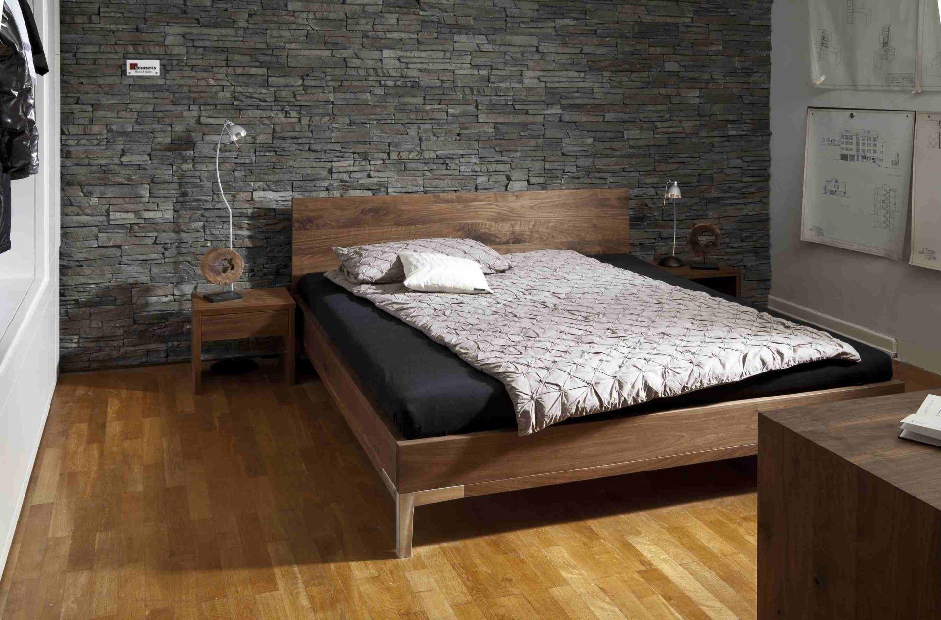 stabiles bett latest w stabiles bett kiefer massiv wei x cm with bett kiefer massiv x with. Black Bedroom Furniture Sets. Home Design Ideas