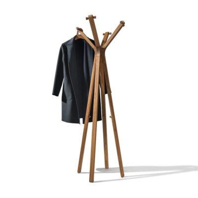 Kleiderständer hood in Nussbaum